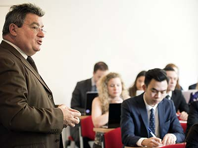 Our management school is supported by a faculty of teachers who have trained in prestigious establishments